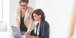 business-women-working